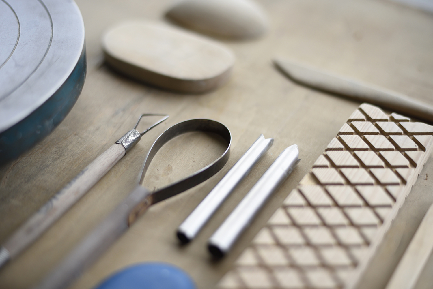 http://www.record-jp.com/class/entry_images/ceramic-tools-hp004.jpg